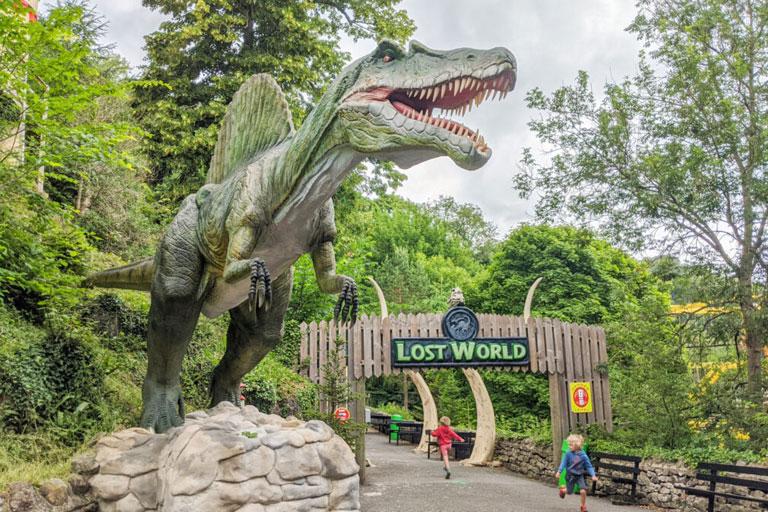 lost world dinosaur gullivers kingdom