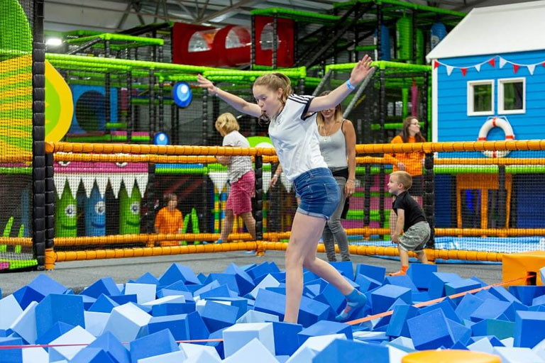 climbing frame at ibounce trampoline park