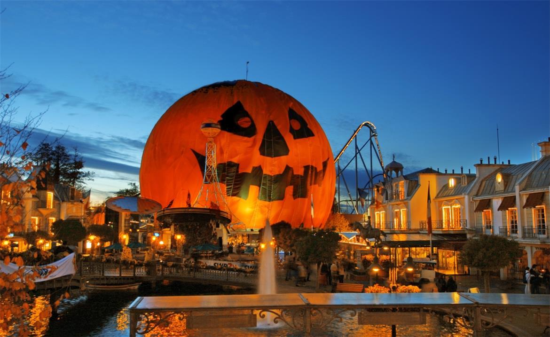 Top Halloween Events this November: Flamingo Land & Crealy header image