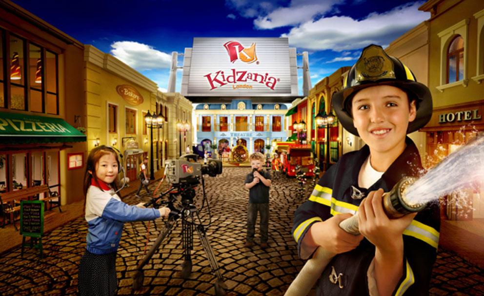 kid firefighter kidzania